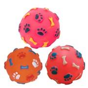 Beeztees Игрушка для собак Мячик с отпечатками лап и косточек, винил, 8см